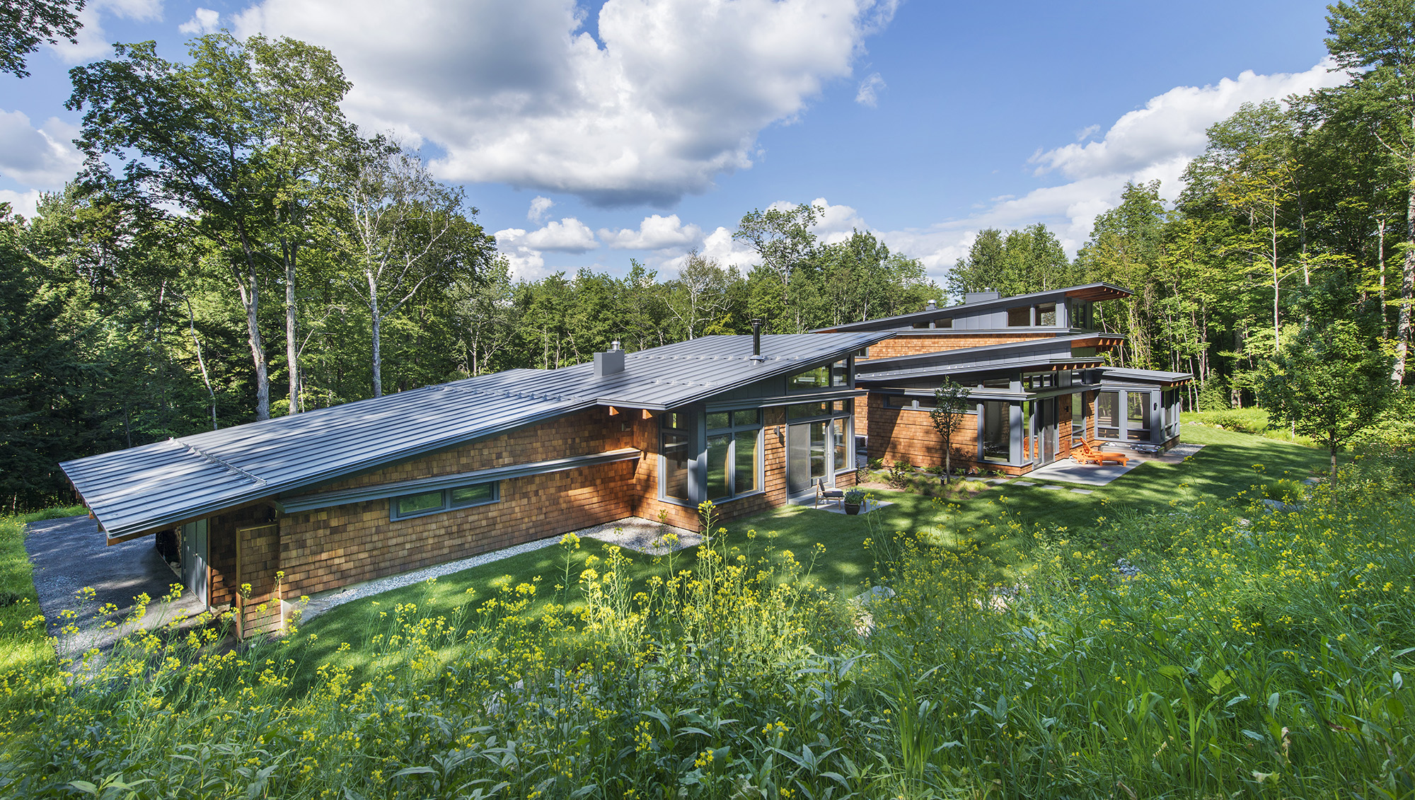 rubber membrane shed roof home in vermont wilderness