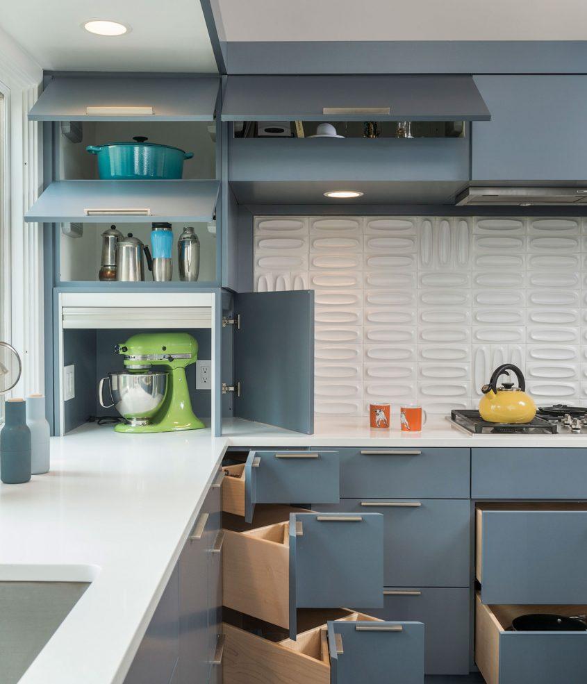 custom kitchen cabinets with corner drawers